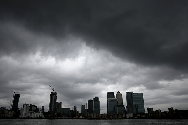 Canary Wharf clouds-R-600