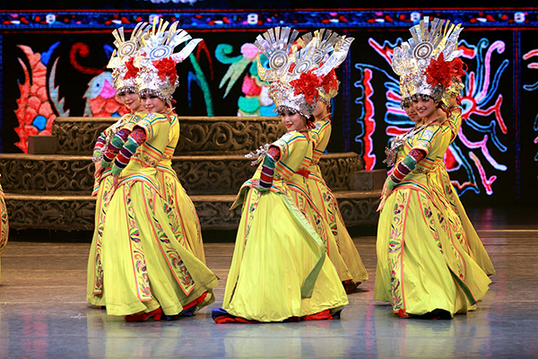 China-dance-600