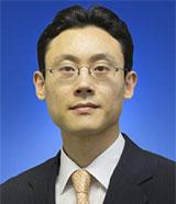 HongTaik-Chung-SandP-analyst-160x186.jpg