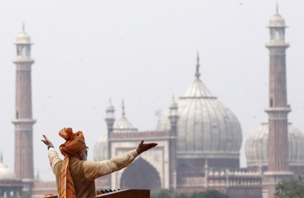 Narendra Modi Grand Mosque-R-600