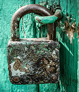 padlock-old-rusty-160x186