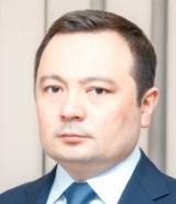 Rustam-Mamatkulov-Agrobank-160x186