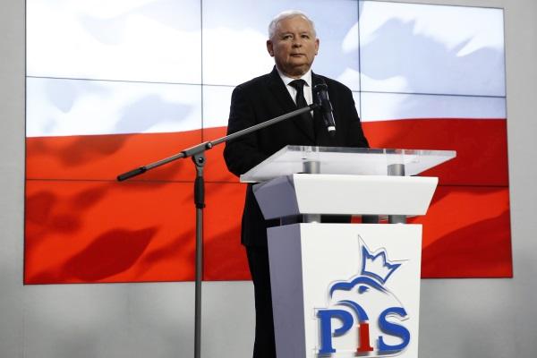 PiS Poland-R-600