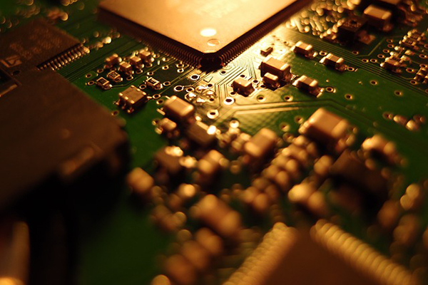 motherboard-600