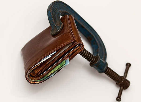 wallet-vice-credit-squeeze-600