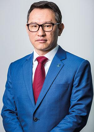 Askhat-Azhikhanov-ABA-Bank-CEO-300.jpg