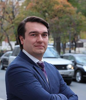 Victor Drozdov-300