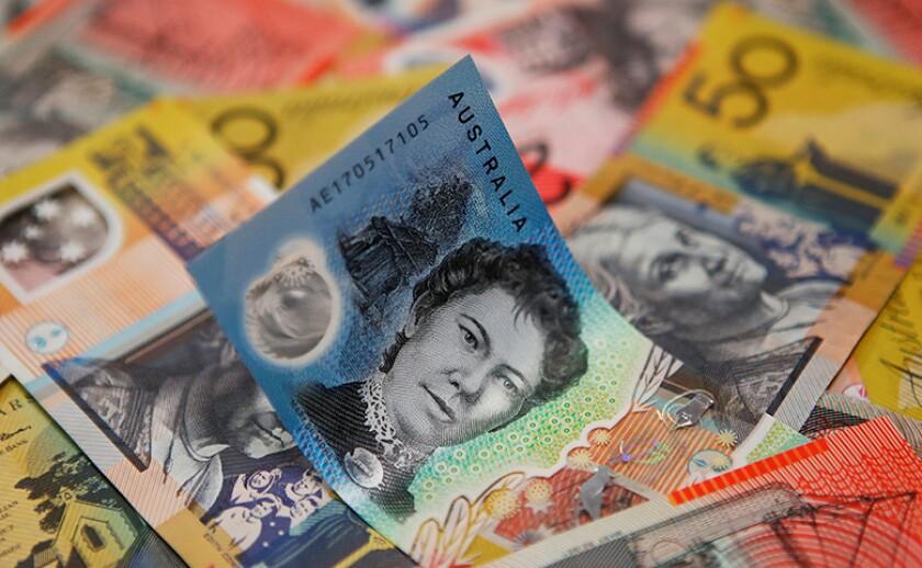 Australia-dollar-notes-R-780