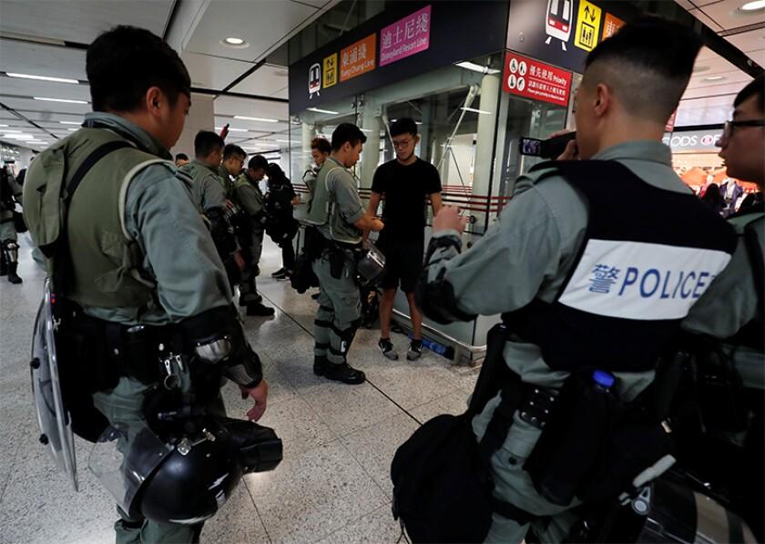 Hong Kong police checks-780