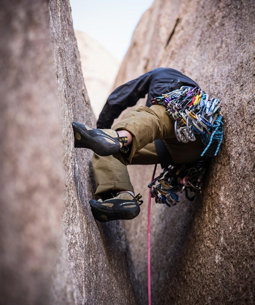 rock-climbing-hard-place-ropes-780.jpg