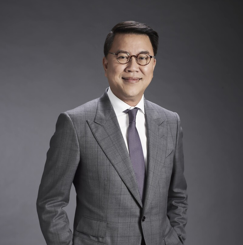 Arthid Nanthawithaya, CEO & Chairman of Executive Committee, Siam Commercial Bank.jpg