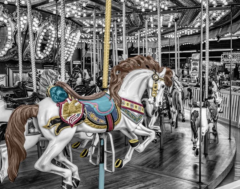 carousel-US-horse-780
