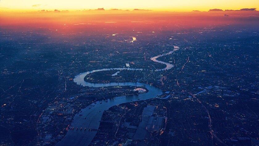 london-aerial-view-Thames-780.jpg