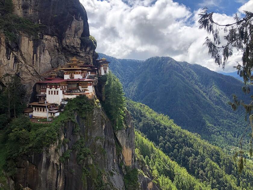 Paro-Taktsang-Bhutan-780.jpg