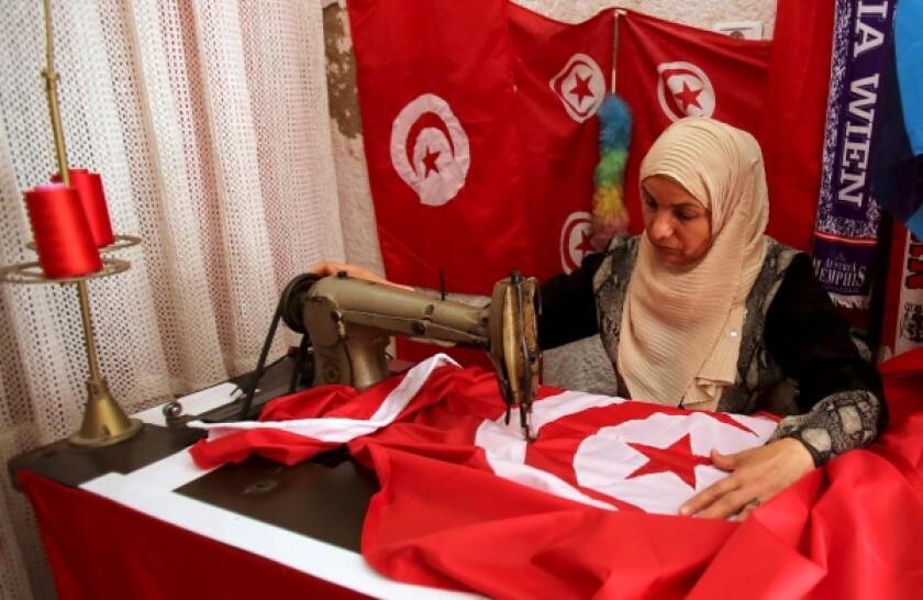 Tunisia flag-R-600