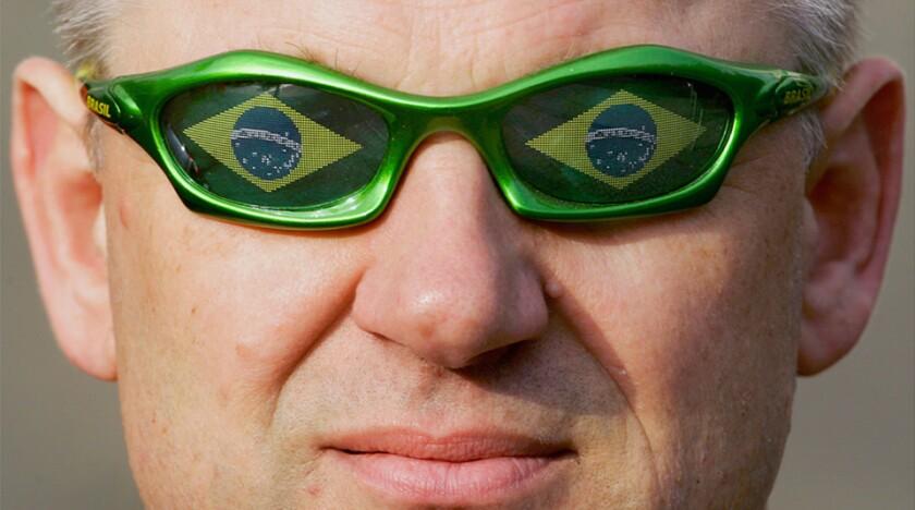 Brazil-sunglasses-man-R-960.jpg
