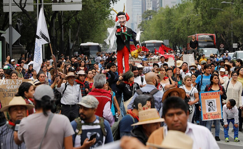 Mexico-airport-protest-R-780