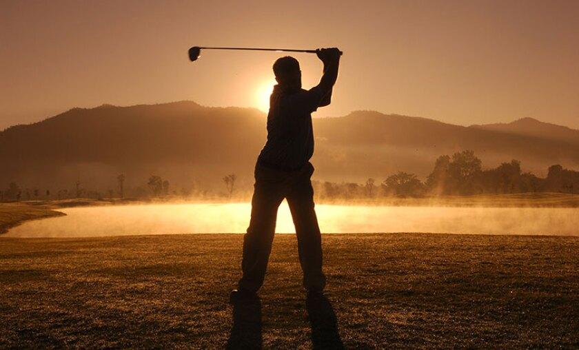 golf-swing-dawn-dusk-780.jpg