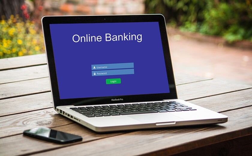 online-banking-tech-780